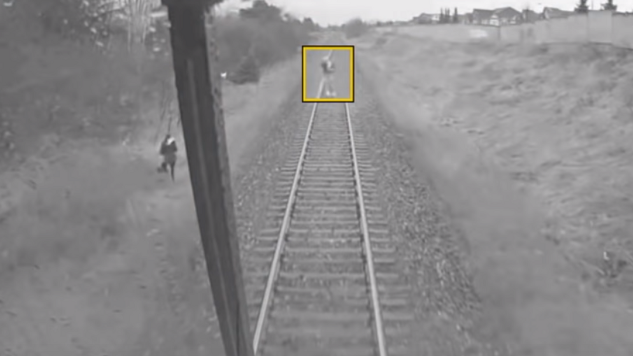 Metrolinx Releases Video Footage Of Someone Nearly Getting Hit By A GO Train (VIDEO)