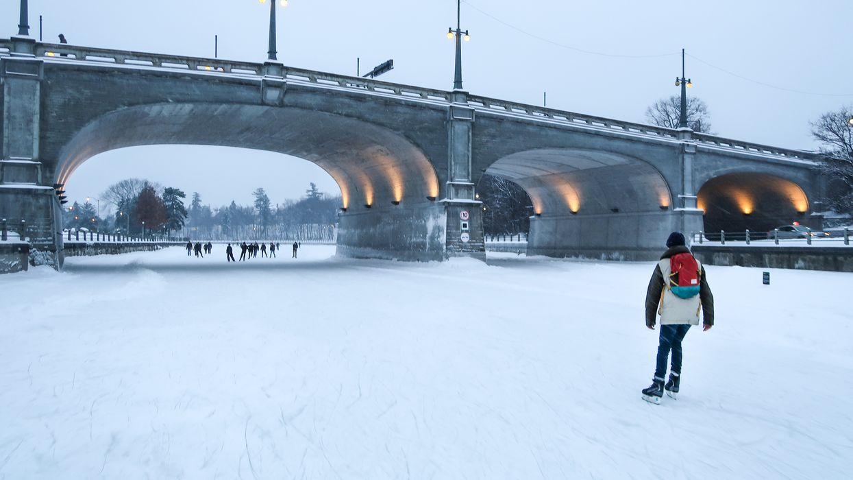 Ottawa Roads Are Frozen Solid And Skating Is The Safest Mode Of Transportation There Right Now