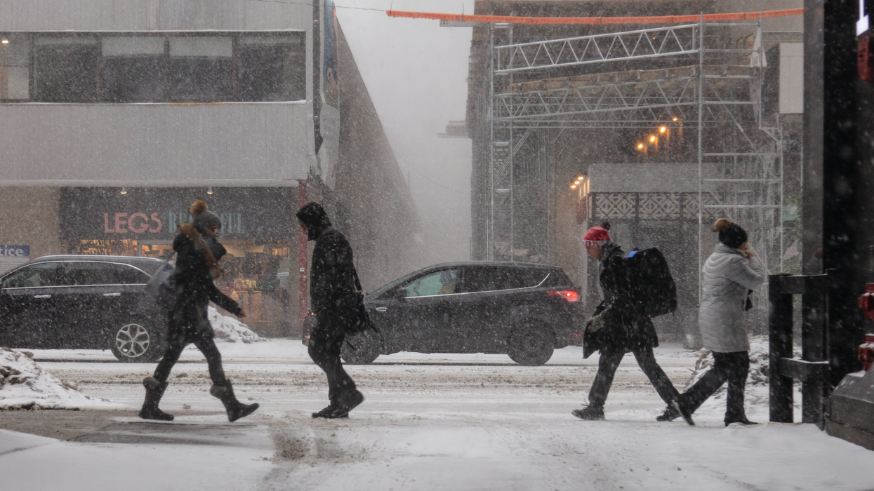 """Toronto Snowstorm: A Timeline Of Today's """"Significant"""" Snowfall"""