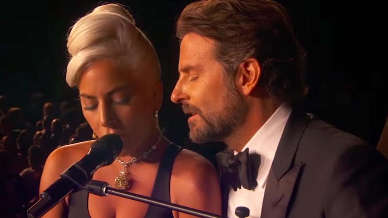 Lady Gaga répond finalement aux rumeurs sur sa relation avec Bradley Cooper