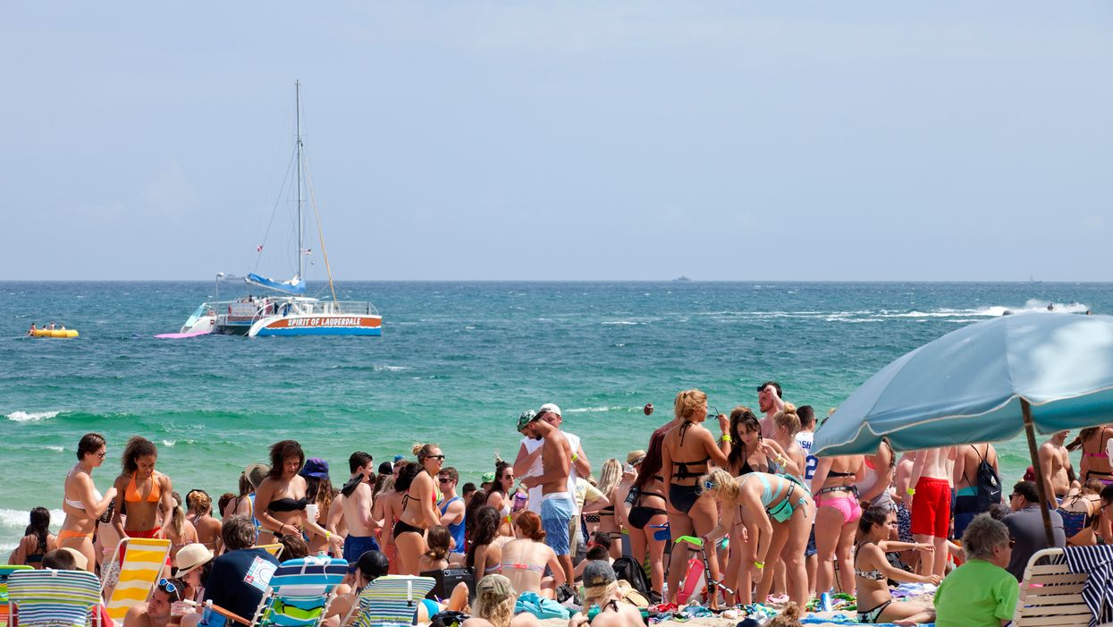 Thousands Of Spring Breakers Are Over Crowding Miami Beaches