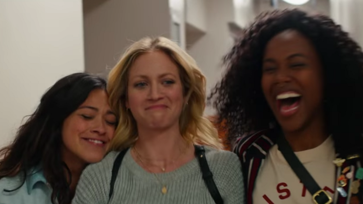 This New Rom-Com On Netflix Canada Is All About Best Friends And It Looks So Heartwarming