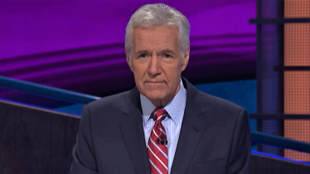 Canadian Television Host Alex Trebek Confirms Stage 4 Cancer Diagnosis On Air