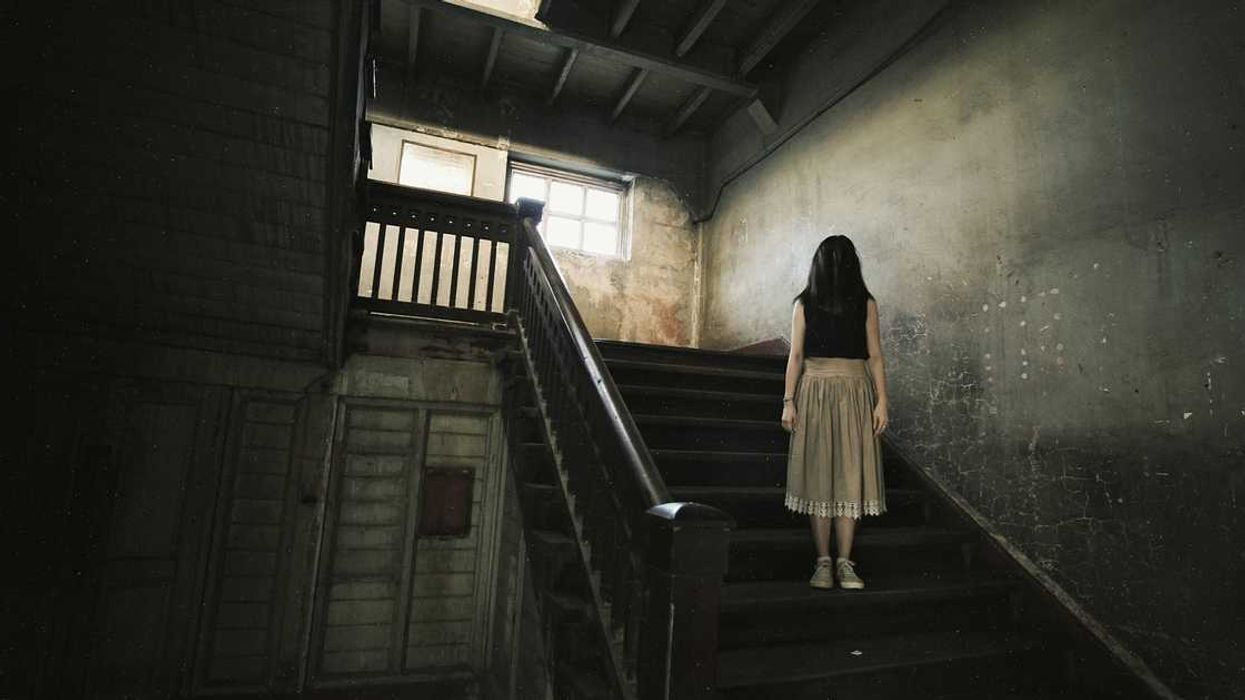 This Terrifying Escape Room In Ottawa Needs You To Solve A Murder In A Creepy Haunted House