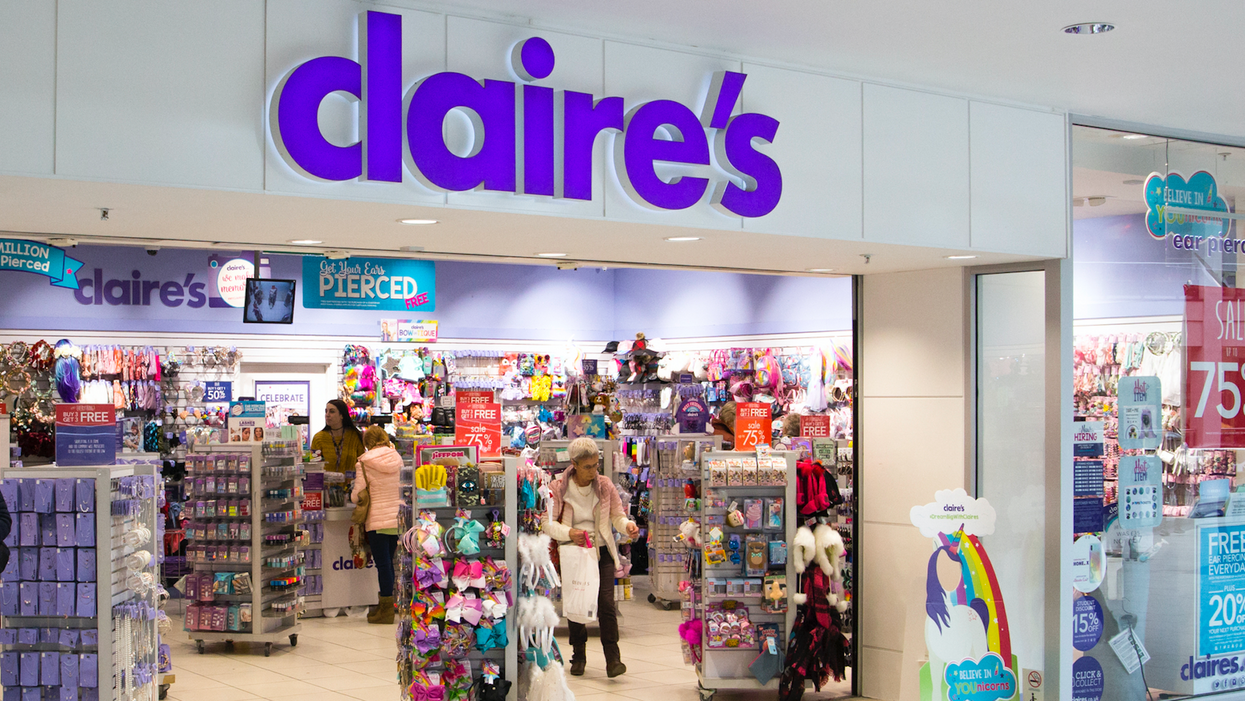 Claire's Makeup Tests Positive For Containing Asbestos