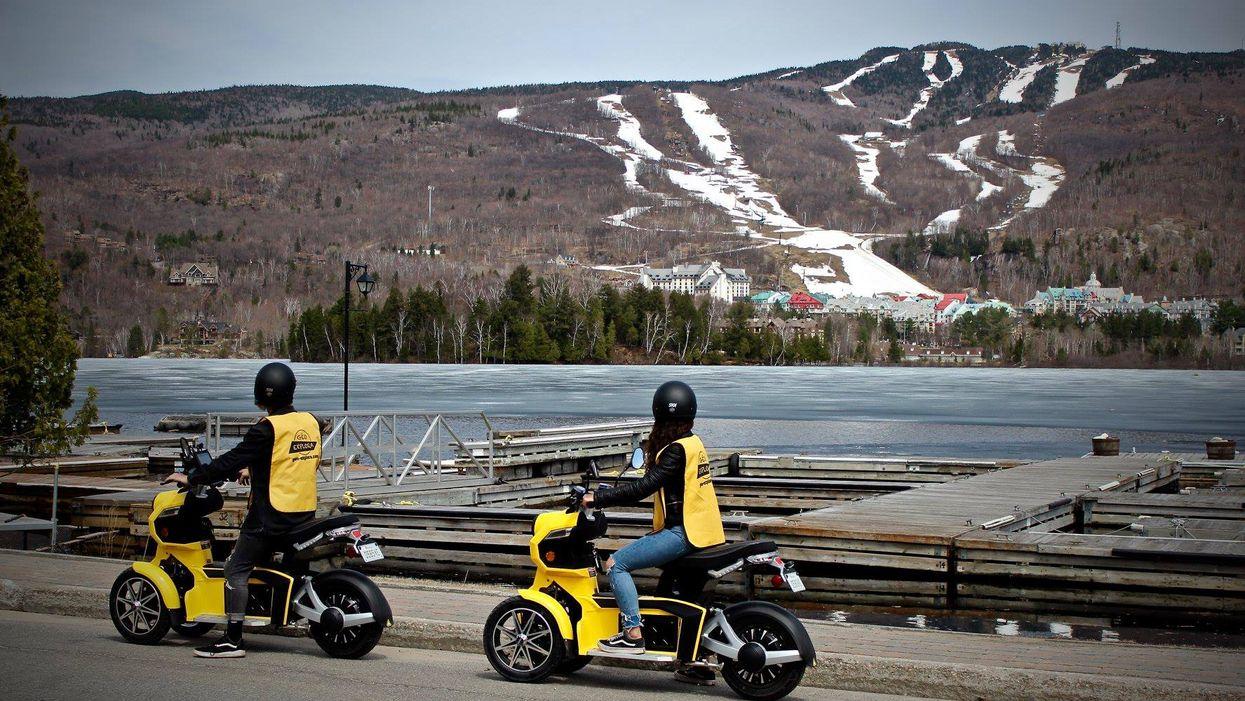 Tu peux louer une « mini moto » et découvrir les endroits secrets de Mont-Tremblant