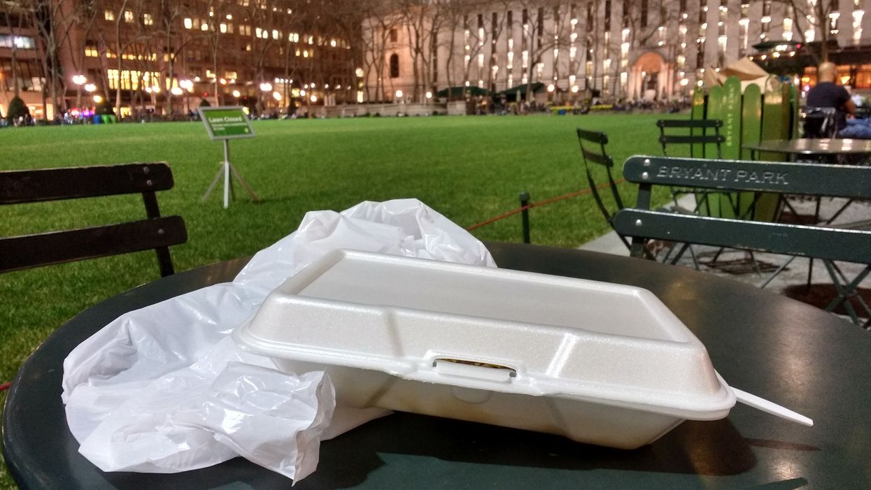 La Ville de Montréal veut interdire tous les emballages en styromousse et en plastique d'ici 2020