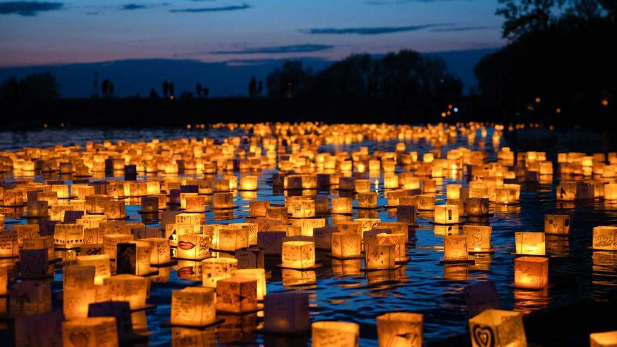 A Spectacular Water Lantern Festival Is Coming To Ottawa This Summer