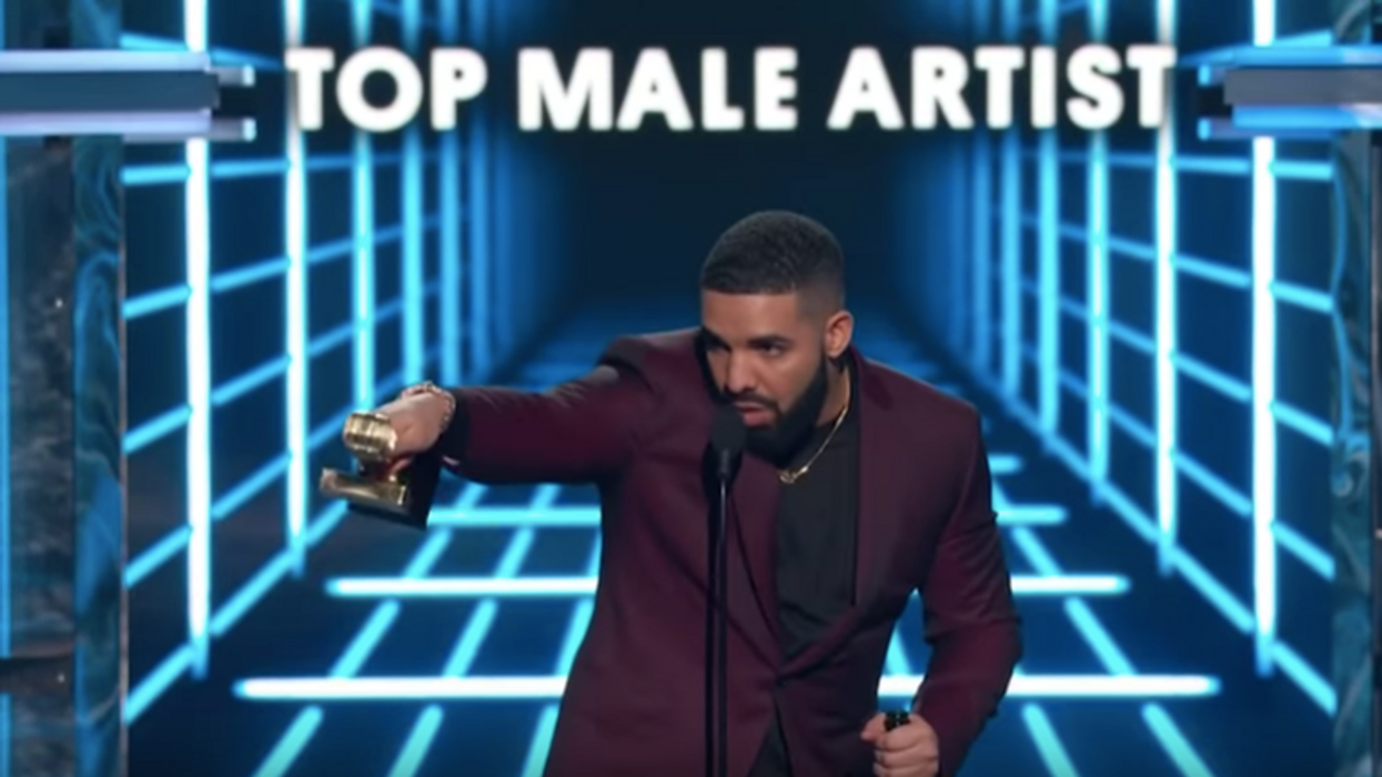 Drake Had A Canadian Reunion With Someone Super Unexpected At The Billboard Awards Last Night