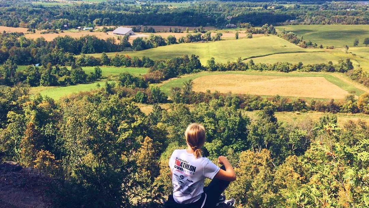 This 2.5 KM Trail Will Lead You To A Stunning Lookout Point Just Outside Of Toronto