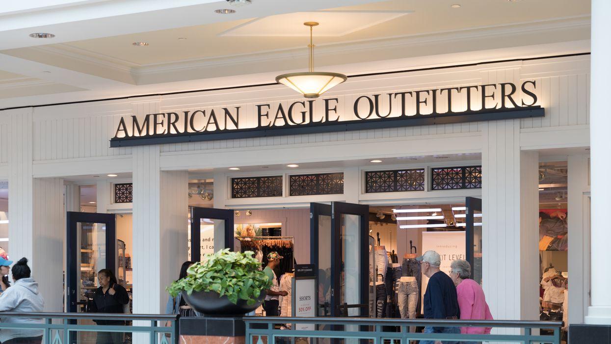 American Eagle Canada fait une méga vente et tu peux économiser jusqu'à 60% de rabais