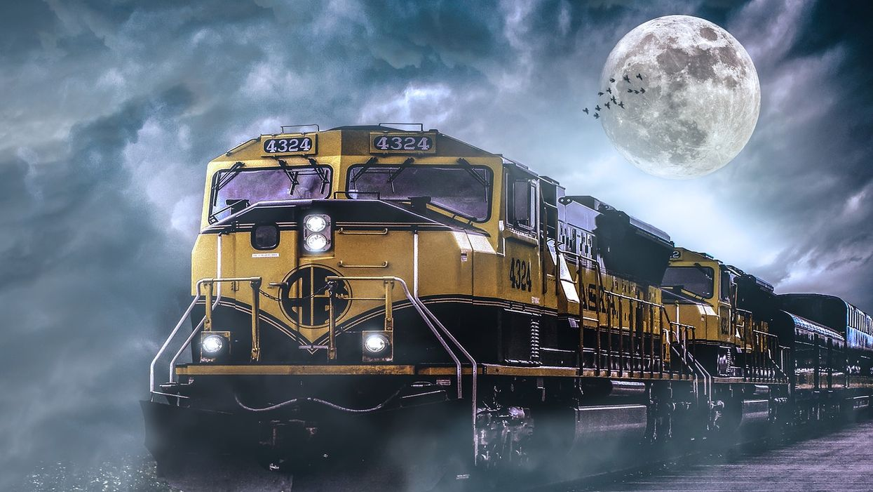 You Can Solve A Murder On A Train In Ontario This Summer And It Looks So Creepy
