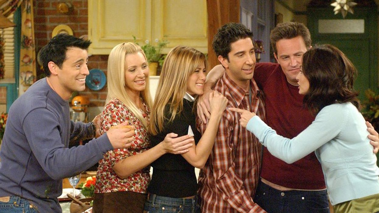 Jennifer Aniston Sets The Record Straight On If The Cast Of 'Friends' Would Do A Reunion