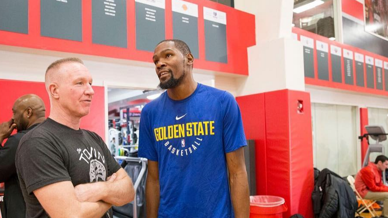 Kevin Durant Will Play Tonight & Raptors Fans Are Already Losing It (VIDEO)
