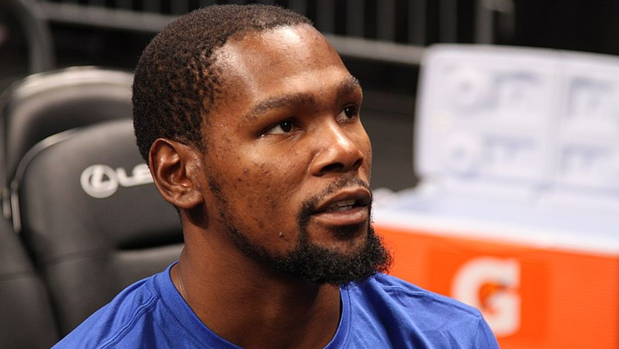 Kevin Durant Just Updated Basketball Fans From His Hospital Bed (PHOTO)