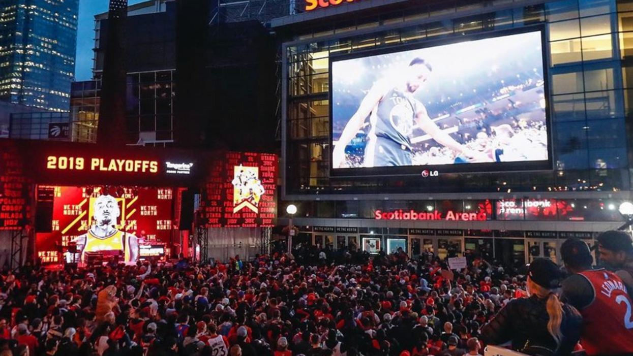 Raptors Fans Rioted All Night In The Streets Of Toronto & Things Got Out Of Control (VIDEOS)