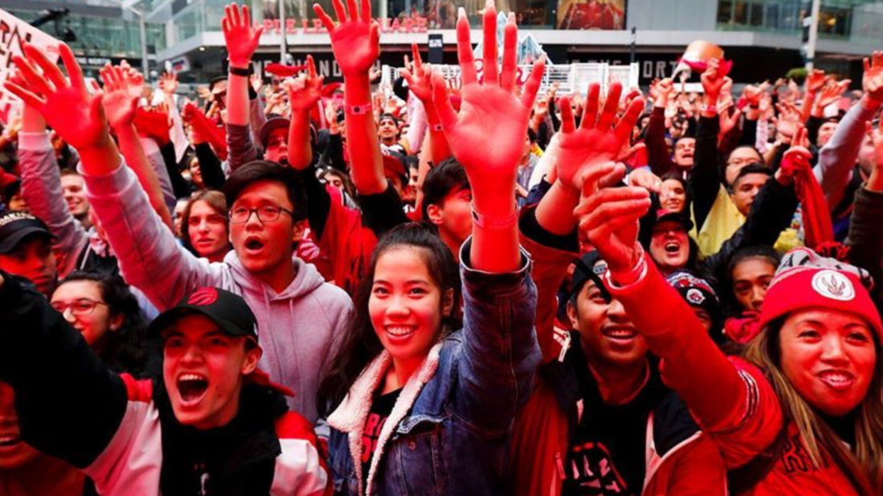 Raptors Fans In Cities All Over The World Are Out Celebrating Right Now (PHOTOS)