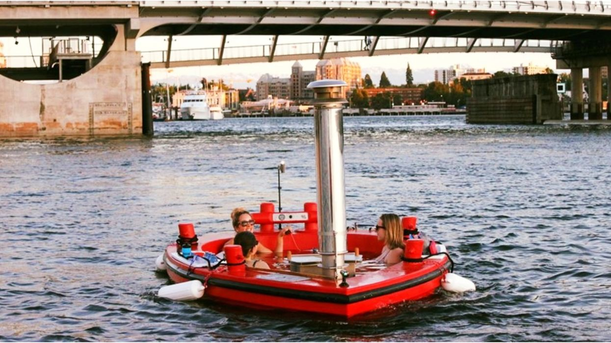 You Can Now Ride In A 'Floating Hot Tub' In British Columbia This Summer