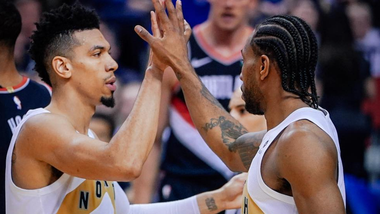 """Kawhi Is """"Seriously Considering"""" Staying In Toronto & Even Danny Green Confirmed It"""
