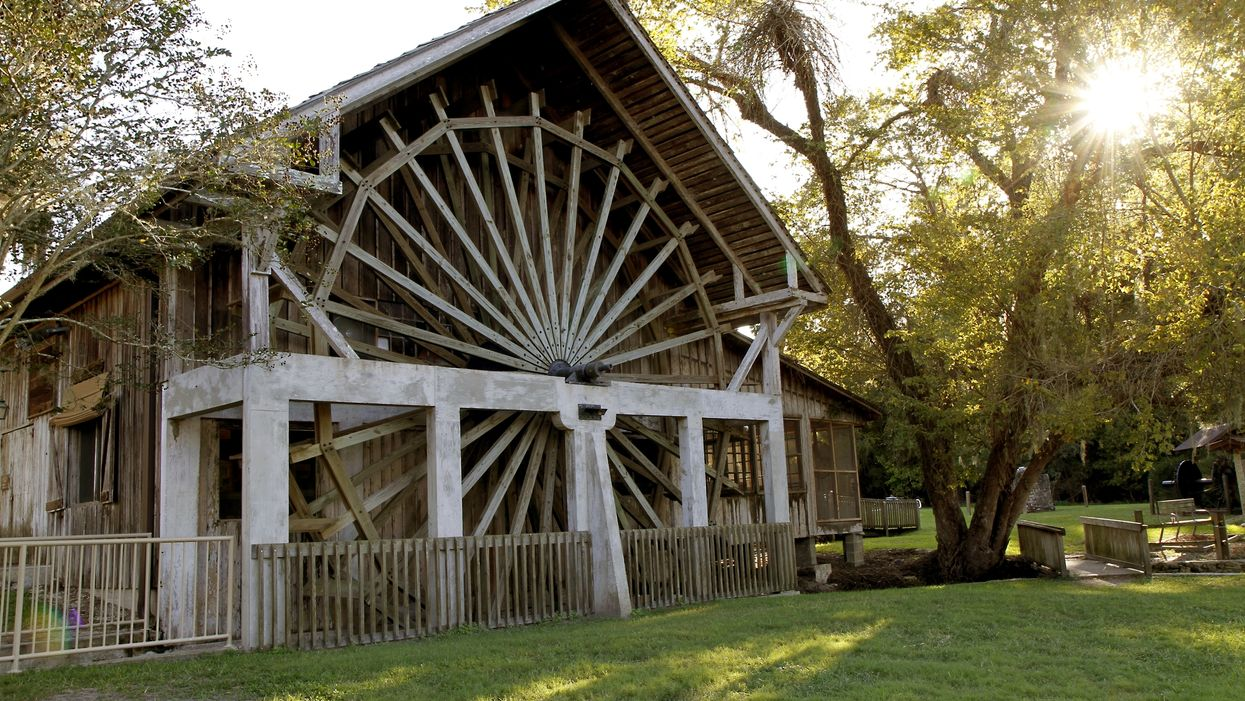This Old Sugar Mill In Florida Was Converted Into The Homiest Pancake House