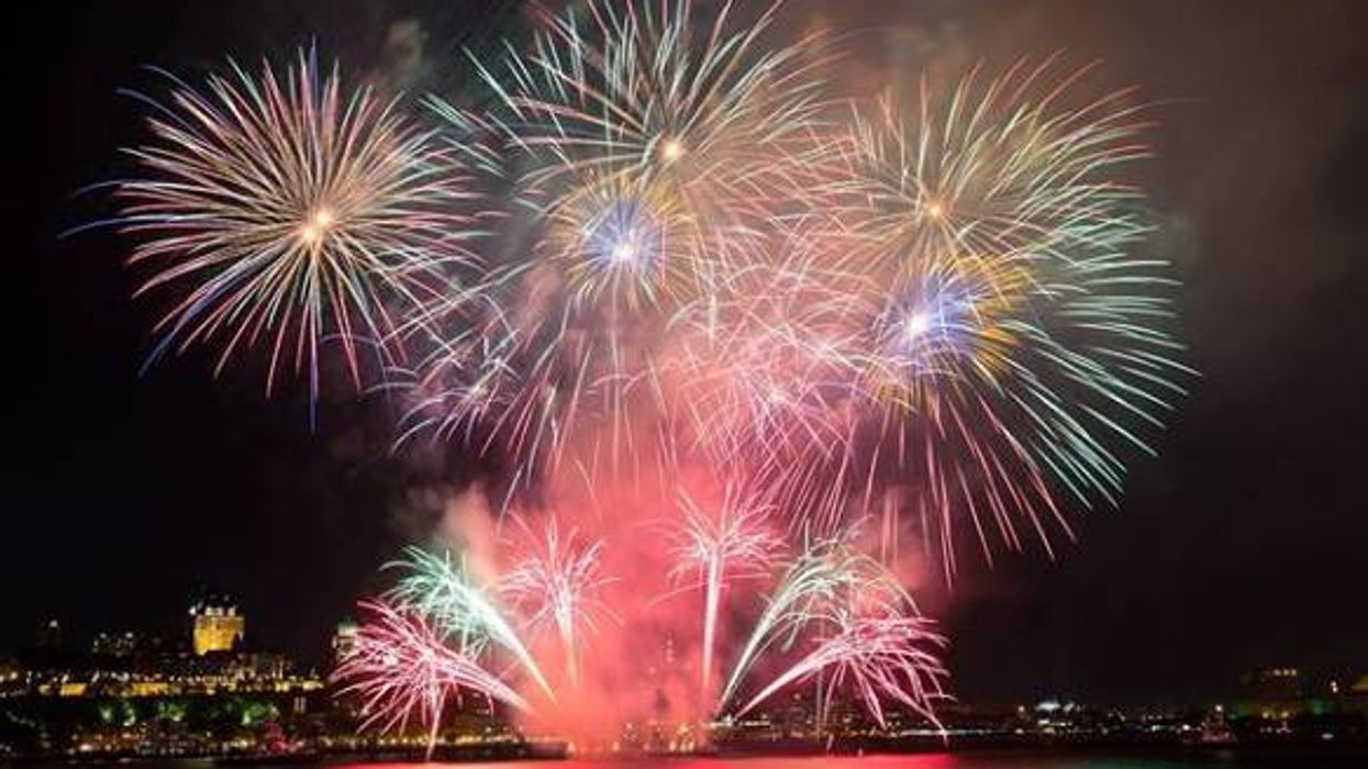 5 bons spots où regarder les feux d'artifice gratuitement à Montréal cet été