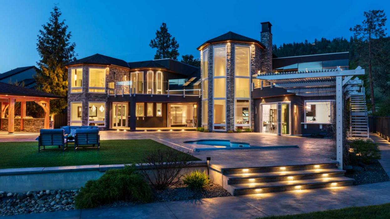 mansion in Kelowna, BC