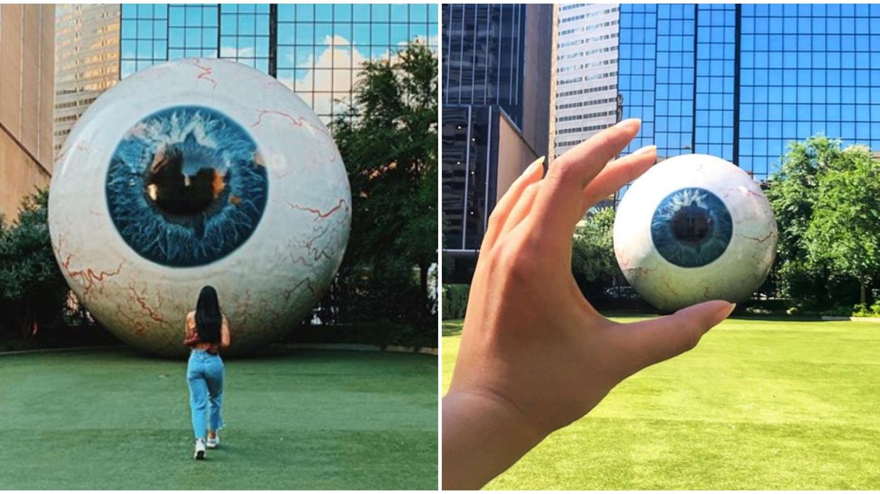 Downtown Dallas Has A 30 Ft Tall Massive Eye Sculpture You Need To Go See