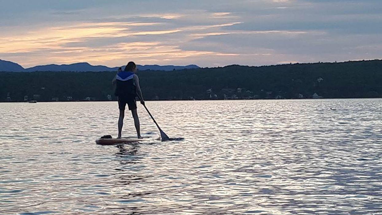 6 « spots » parfaits où aller faire du paddleboard près de Montréal cet été