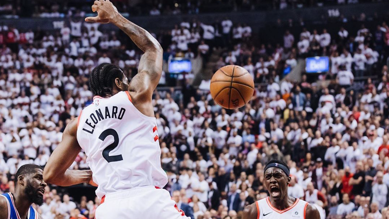 Raptors Fans Are Debating If The Team Should Retire Kawhi Leonard's Jersey Now That He's Leaving