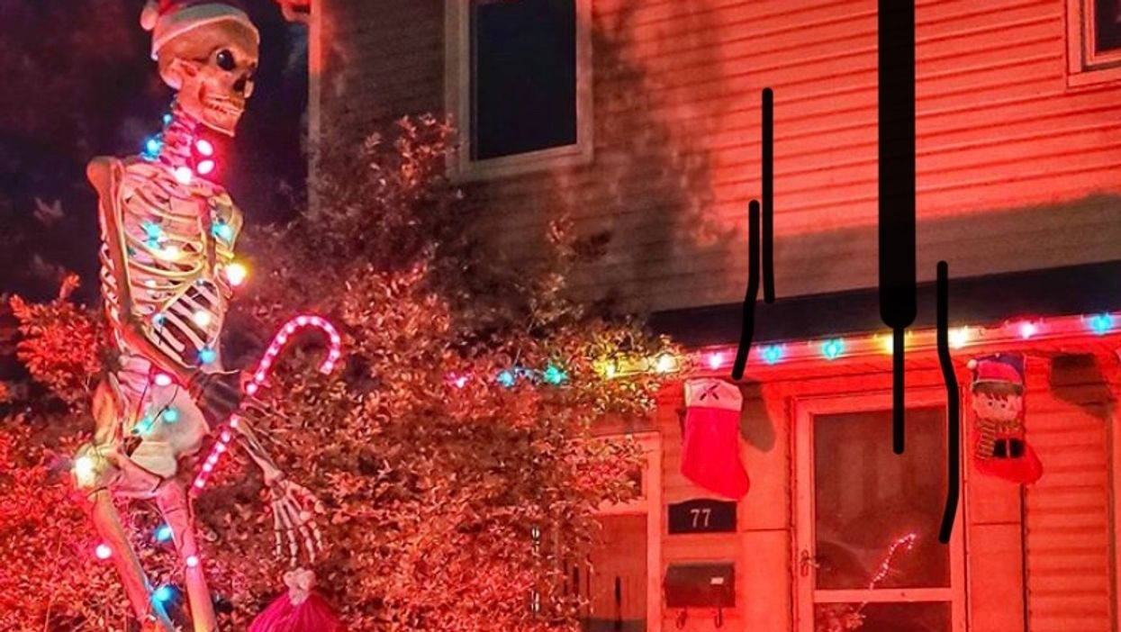 People Dressed Up The Home Depot 12-Foot Skeleton For Christmas & It's Delightful (PHOTOS)