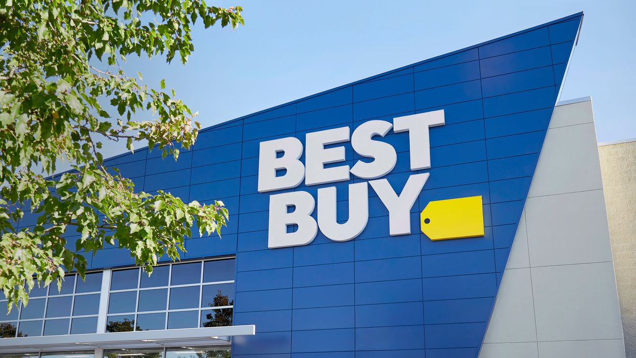 15 Items From Best Buy Canada That Your Friends Will Actually Love To Get This Year