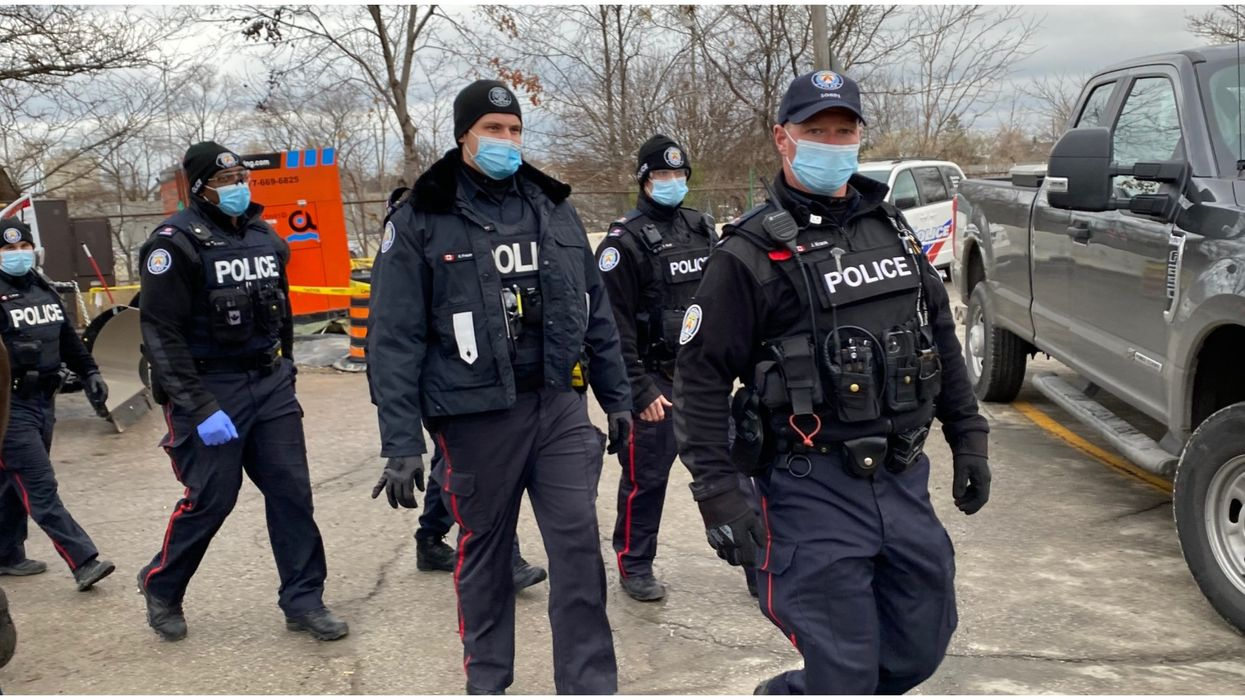 Toronto Police Should Revamp & Re-Allocate Money For 911 Response, Say Community Groups
