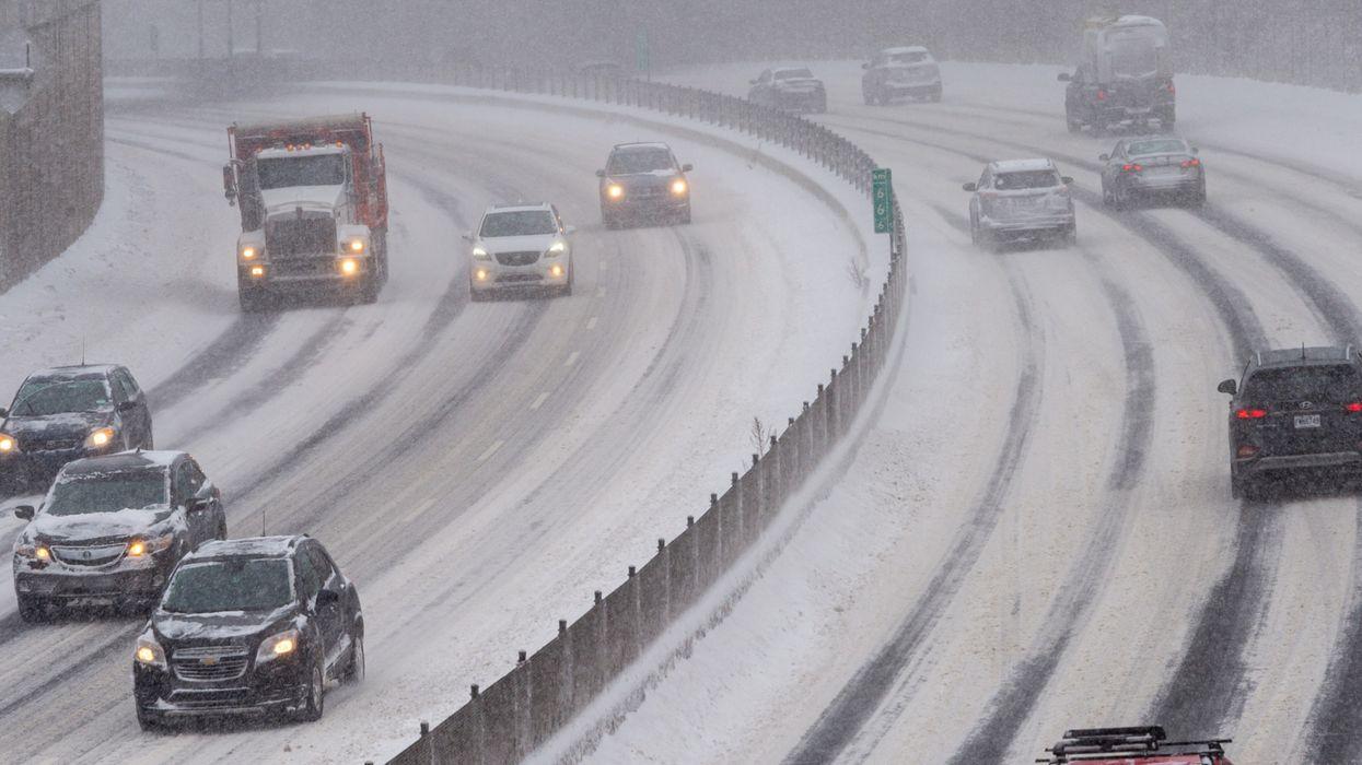 Tempête de neige : la SQ demande d'éviter de prendre la route à moins d'une urgence