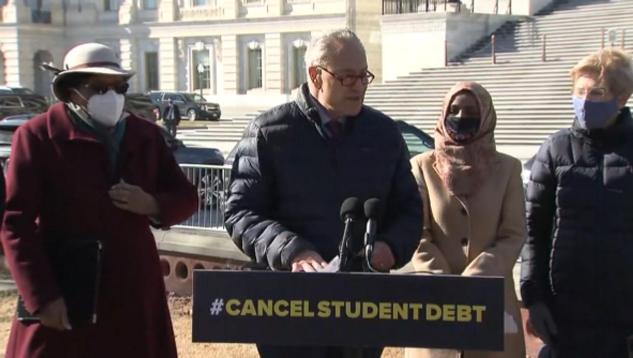 Democrats Make A Push to Erase A Huge Amount of Student Loan Debt