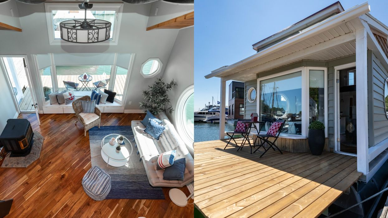 Toronto Houseboat For Sale Is A Floating Piece Of Paradise & Costs Less Than $350K
