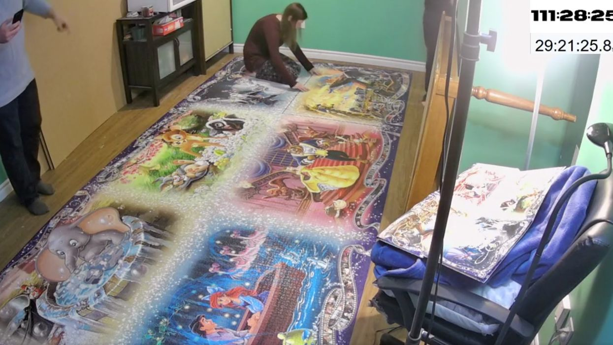 An Ontario Woman Set A Jigsaw Puzzle World Record & It Took Her More Than A Week