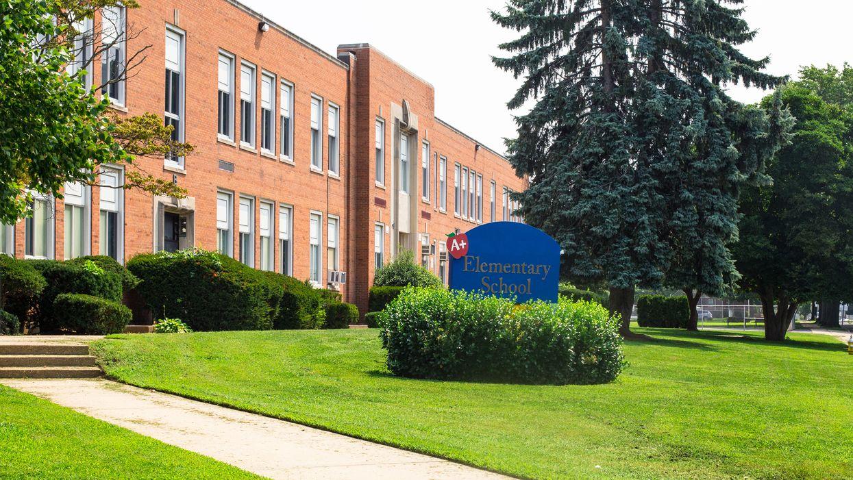 Ontario School COVID-19 Cases Were Over 800 In Just 2 Weeks