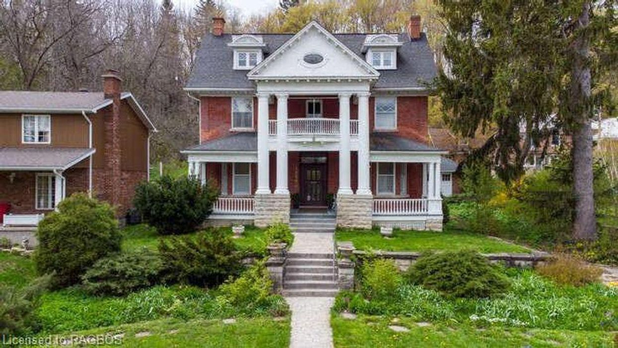 This Majestic Ontario Mansion Is Like A Mini Downton Abbey & Costs Less Than You'd Think