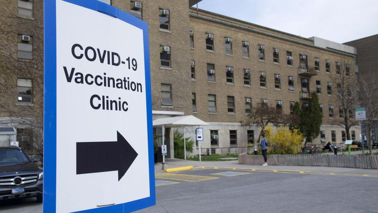 Photo of COVID-19 vaccination clinic at Sunnybrook Health Sciences