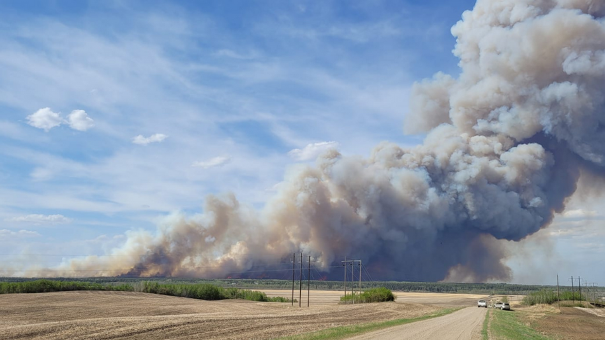 The Massive Saskatchewan Fire Is Still 'Not Contained' & It's Stretching Across 40 km