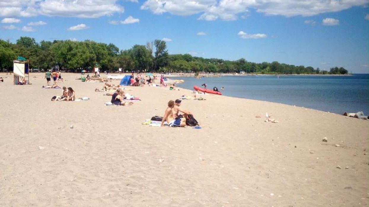 Weather Alerts Are Being Issued Across Ontario RN For Scorching Temps & Humidity