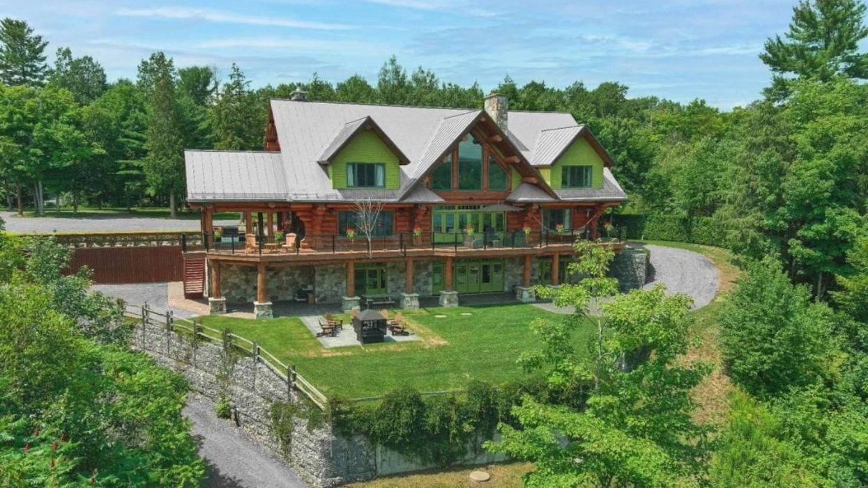 Une maison typiquement américaine en vente à Shawinigan