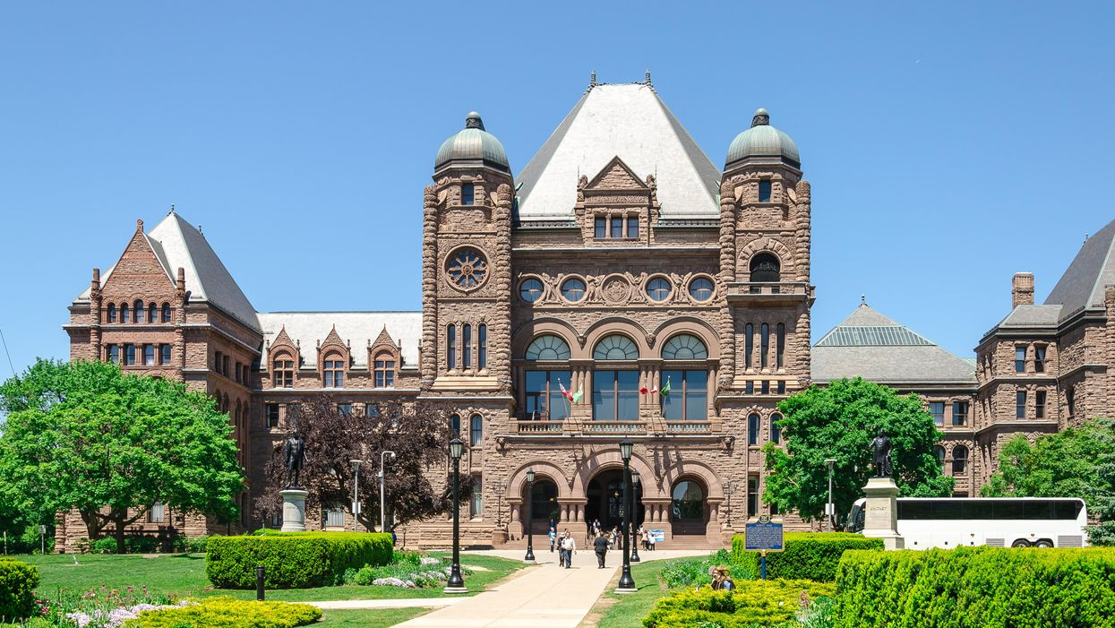 Minimum Wage In Ontario Is About To Go Up & This Is How It Could Affect Your Job