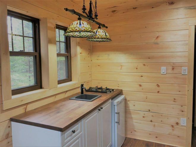 هذا المنزل الصغير للبيع في أونتاريو لا يتعدى سعره 50 ألف دولار وهو مريح للغاية