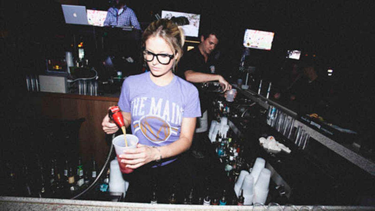 11 choses que seules les barmaids de Montréal comprennent