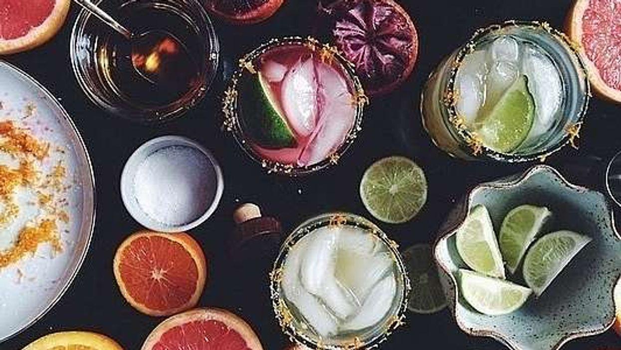 6 recettes pour infuser tes fruits et alcools préférés