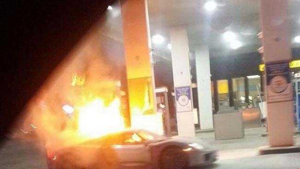 $850,000 Porsche 918 Spyder Burns To The Ground At Toronto's Caledon Esso Station