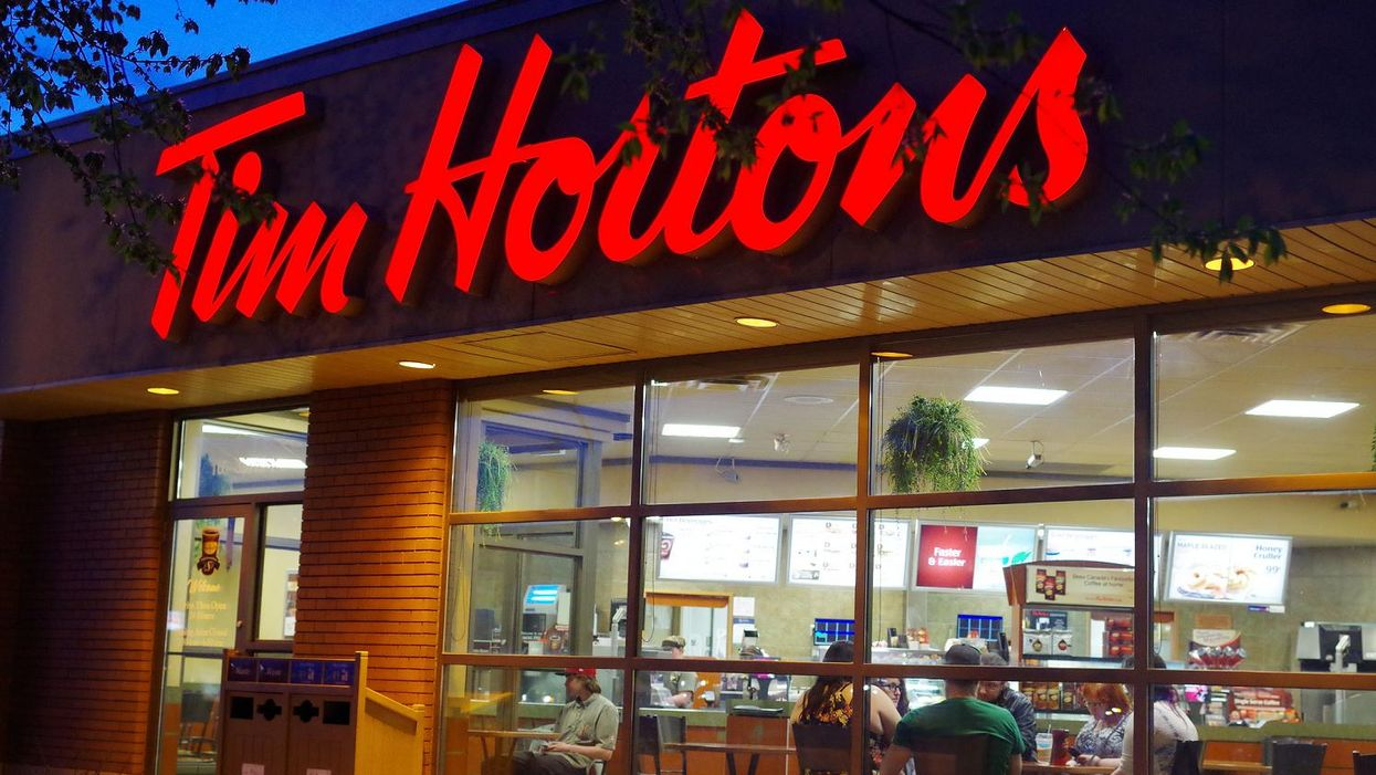 Guy In Saskatchewan Throws Snake At Tim Horton's Worker For Not Putting Diced Onions In His Sandwich