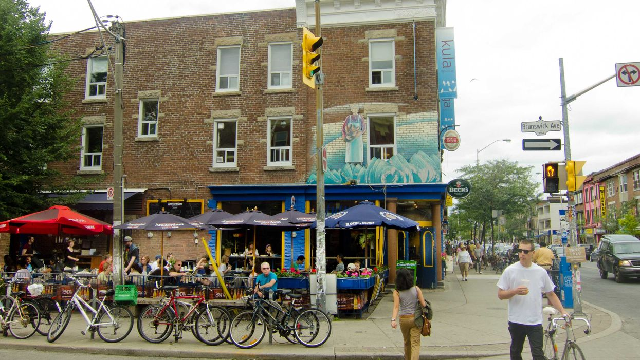 20 Signs You Live In The Annex