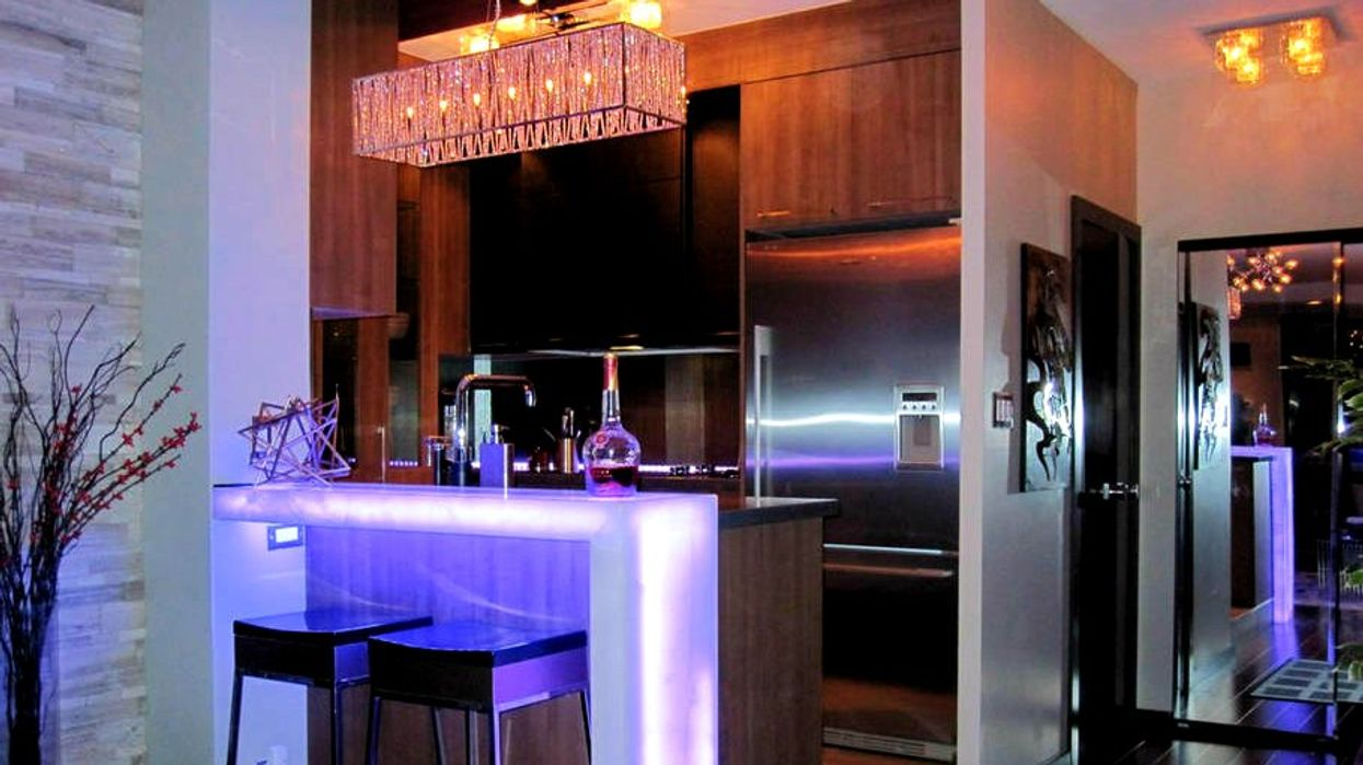 7 Stunning Toronto Penthouses You Can Rent With Your Friends For Super Cheap